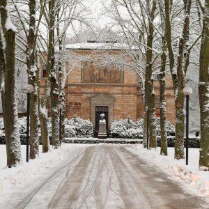 Haus Wahnfried im Winter, Vorderansicht
