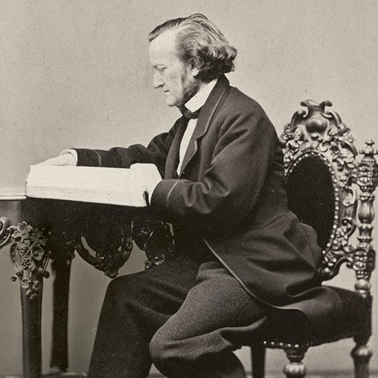 Richard Wagner am Tisch
