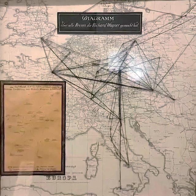 Foto: Historische Karten mit Wagners Lebensstationen und Reisen