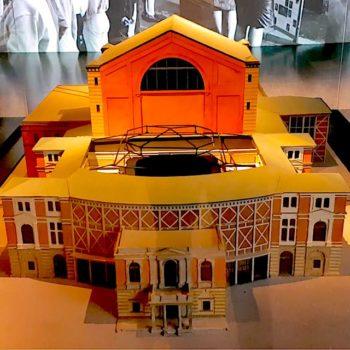 Foto: Modell des Bayreuther Festspielhauses