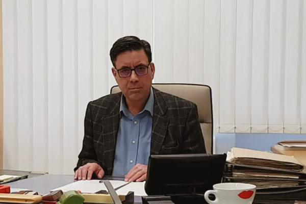 Museumsdirektor Dr. Sven Friedrich in seinem Büro im Obergeschoss des Siegfried Wagner-Hauses, 2020 © Nationalarchiv der Richard-Wagner-Stiftung, Bayreuth